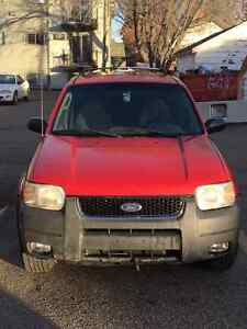 2001 Ford Escape Red SUV,best offer takes it (closes Mon dec 19)