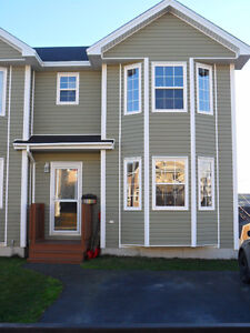 2 STOREY - SEMI DETACHED  REDUCED!!!!!!!!! REDUCED!!!!!