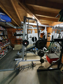 Body Solid Smith machine & multigym with squat rack.