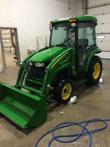 John Deere 3720 Cab Tractor with Loader and Attachments