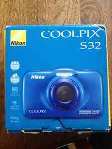 Brand new Nikon Coolpix s32
