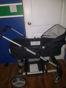 Harmony bassinet stroller with Universal car seat holder