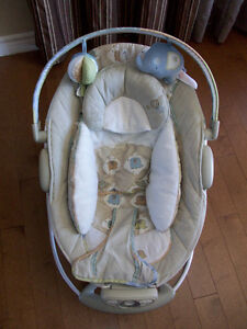Chaise vibrante Automatic Bouncer Bright Star