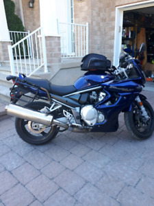 Suzuki 1250 cc GSF