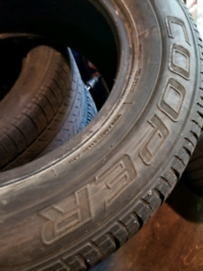 2x 215/60R15 all season tires for sale