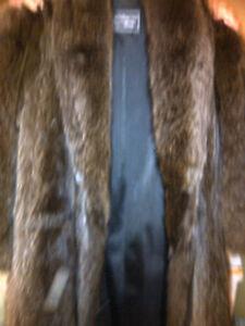 Ladies  Raccoon Fur Coat Stratford Kitchener Area image 2