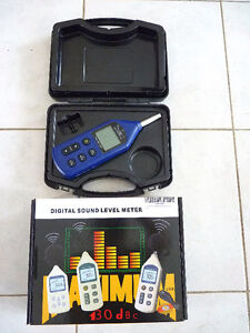 BAFX 3608 - Digital Decibel Meter / Sound Level Reader