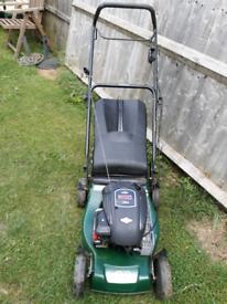 Briggs and stratton atco petrol lawnmower mower