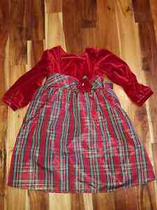 Robe de noël grandeur 4 ans / Christmas dress size 4
