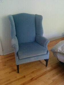 Beautiful velvet Wing Chair West Island Greater Montréal image 2