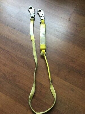 Alta 2850 1x6 Shock Absorbing Web Lanyard 2 Large Hooks Safety Harness
