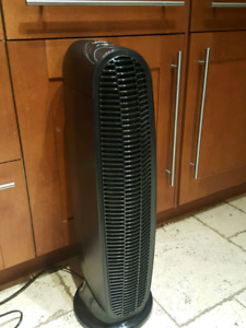 Honeywell Air Purifier - Like new