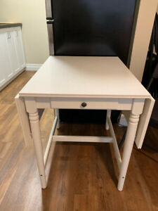 Small White Expandable Kitchen Table with Drawer