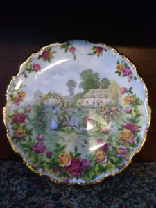 Old Country Roses 25th Anniversary Plate