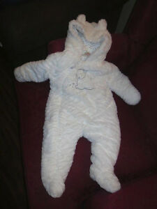 Super soft snow suit, white in color