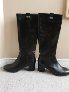 GEOX LADIES LEATHER BOOTS (ERIKA)