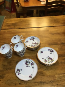 Violets for Love by Royal Albert