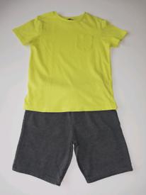 Boys shorts & t-shirt set size 6-7yrs