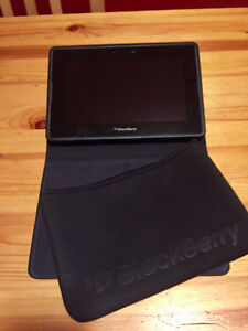 Mint 32GB Blackberry Playbook tablet (with two cases)