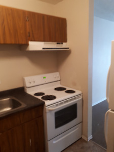 2 bedroom apartment, July 1st, Uplands, West Quesnel