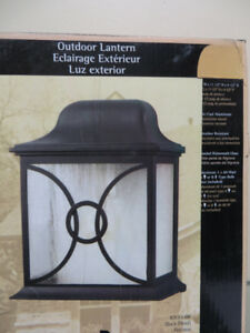 ~~~Brand New Outdoor Lantern