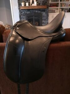 Schleese Prelude dressage saddle