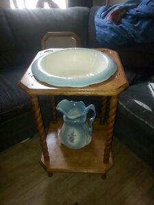 Oak Wash Basin with stand