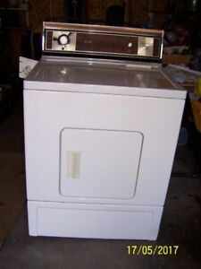 Kenmore Clothes Dryer - NEED IT GONE A.S.A.P