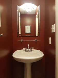 Bathroom Pedestal Sink and all Accessories