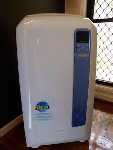 Portable Air Conditioner Near New - DeLonghi PAC WE112ECO 3.1 Kw Canungra Ipswich South Preview