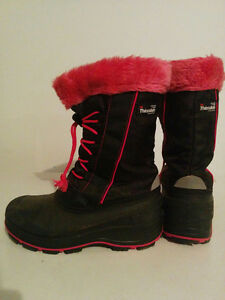 Size 5 Girls Thinsulate winter boots