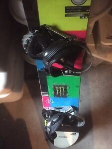 Snowboard and boots- youth/young adult Kawartha Lakes Peterborough Area image 5