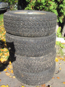 Set of 215/60R15 Tires, Studded, on Chev Rims; Very Good Tread Prince George British Columbia image 4