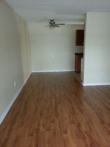 Free rent for December call today 1 bed near U of A and Whyte!!