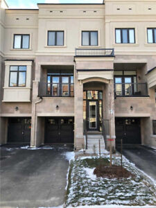 3 Bdrm Freehold Townhouse In Vaughan