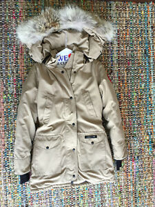 Canada Goose vest sale authentic - Canada Goose Trilliums | Buy or Sell Clothing in Toronto (GTA ...