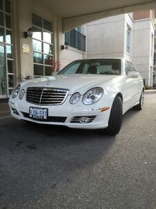 2009 Mercedes-Benz E-Class E300 4 MATIC Sedan