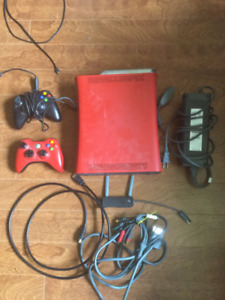 Elite Red XBOX 360 + 2 controllers, 13+ GB