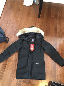 want to trade canada goose kensington s to xs