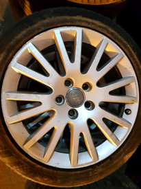 Set of 4 genuine Audi A4 alloy wheels rim with tyre