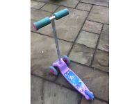 Toddler 3 wheel scooter