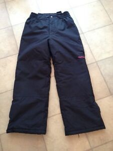 OshKosh Girls Snowpants - Size 10