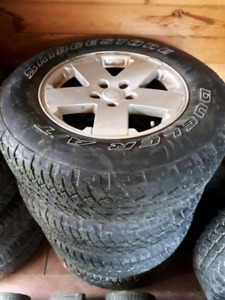5 jeep tires on rims