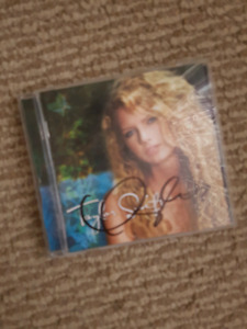 Signed Taylor Swift CD