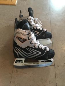 CCM Boys hockey skates  size 9
