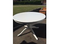 Dining Table (extendable)