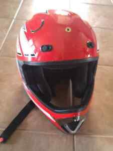 Used Helmet - excellent condition Kitchener / Waterloo Kitchener Area image 2