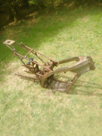 EARLY 2000 MODEL GAS GAS 250 FRAME