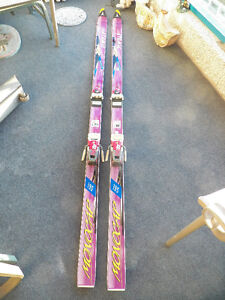 ATOMIC ASC MONOCAP CROSS COUNTRY SKIS AND BINDINGS