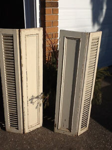 WOODEN SHUTTERS   USED   2 PAIR